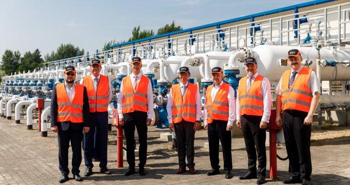 Ministru prezidents darba vizītē atzinīgi novērtē Inčukalna pazemes gāzes krātuves lomu Latvijas enerģētiskās drošības stiprināšanā