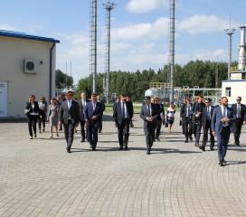 Augustā Inčukalna pazemes gāzes krātuvē viesojās Baltijas valstu premjerministri. Neformālā vizītē valstu delegācijas iepazinās ar Inčukalna pazemes gāzes krātuves priekšrocībām un tās lielo nozīmi Baltijas valstu dabasgāzes tirgū.